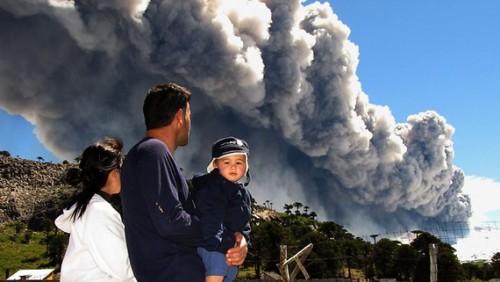 123d copahue volcan near caviahue grudzien 2012