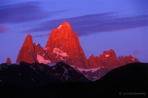 """Alpenglow Mount """"Fitz Roy"""" (3405m) also called ""Chalten"". Granite Peak in the Southern Andean Patagonia, Santa Cruz, Argentina"""